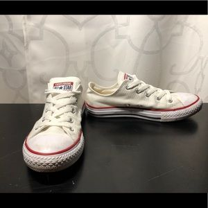 Kids converse all star low top white size 2.5